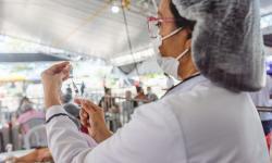 De H a N: Maceió segue com 1ª dose da vacina contra a Covid para adolescentes de 14 anos