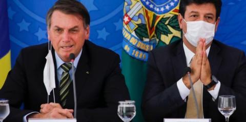 Mandetta diz que atitude de Bolsonaro agravou pandemia