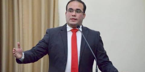 Sem licitação, deputado Davi Maia gasta quase 1 milhão com VIAP