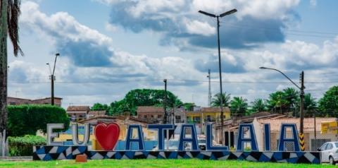 Ex-prefeito de Atalaia tem bens bloqueados no valor de R$ 200 mil