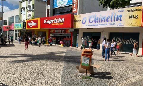 Comércio de Arapiraca quer abrir no Carnaval para evitar aglomerações e fechamento posterior das atividades