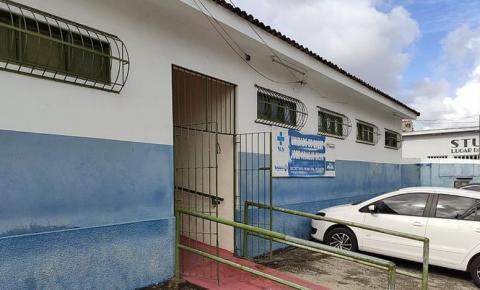 Bandidos furtam aparelhos eletrônicos de posto e destroem estoque de vacinas
