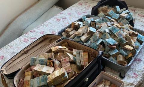 PF apreende malas de dinheiro em operação contra jogos de azar