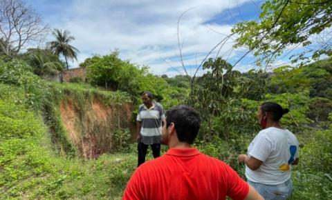 Vereador João Catunda faz visita ao Conjunto Freitas Neto