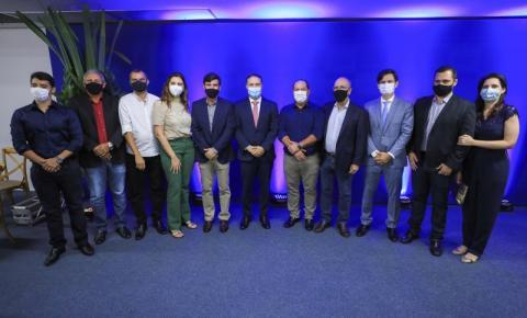 Renan Filho empossa cinco novos secretários no Governo de Alagoas
