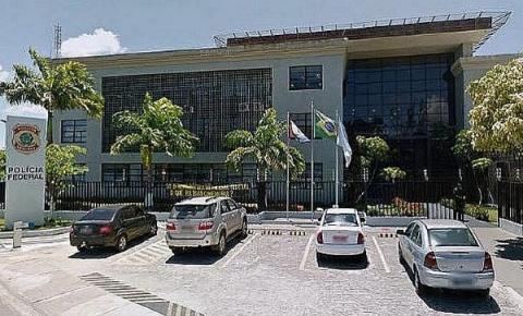 Polícia Federal deflagra operação e prende foragido que vivia como comerciante da orla de Maceió