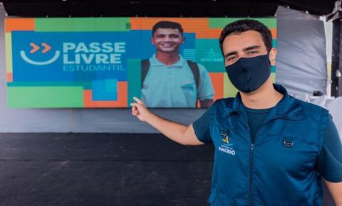 Prefeito JHC implanta Passe Livre e beneficia mais de 50 mil estudantes da capital