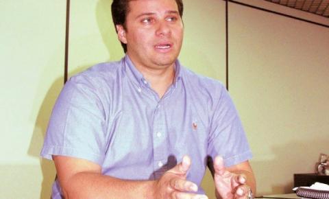 Prefeito Cacau PERDE na justiça ação contra vereador Del Cavalcante