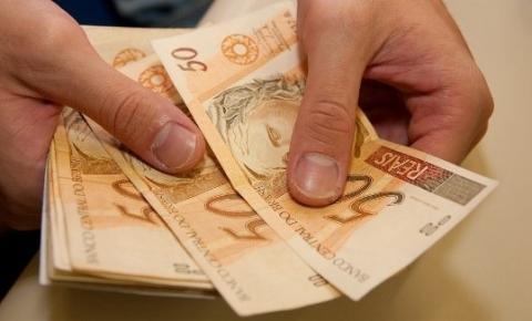 Guedes: alta da inflação fará salário mínimo ficar acima de R$ 1.031