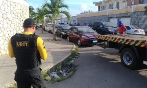 SMTT faz operação contra transporte irregular na parte alta de Maceió