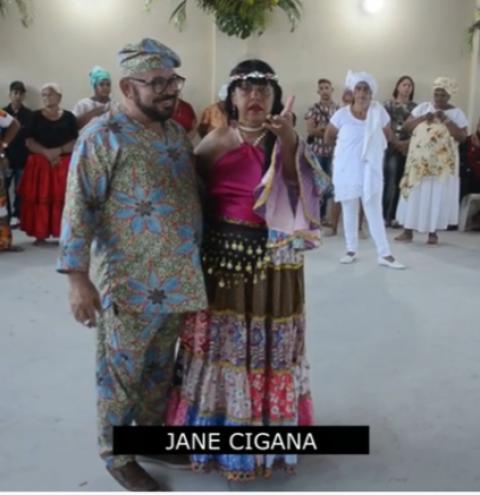 Jane Cigana recebe homenagem do Baba Manoel do Xoroquê em festa de Candomblé