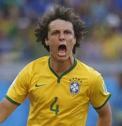 Flamengo acerta com David Luiz, seu terceiro reforço da Premier League